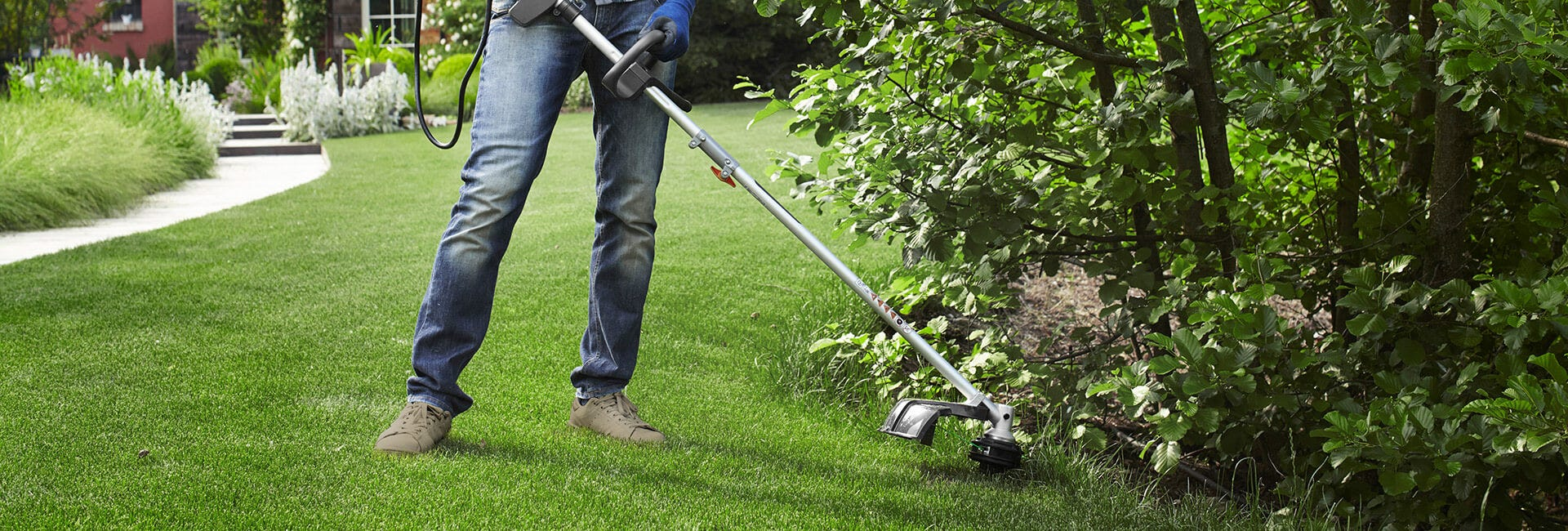 Lawn trimmers & brushcutters