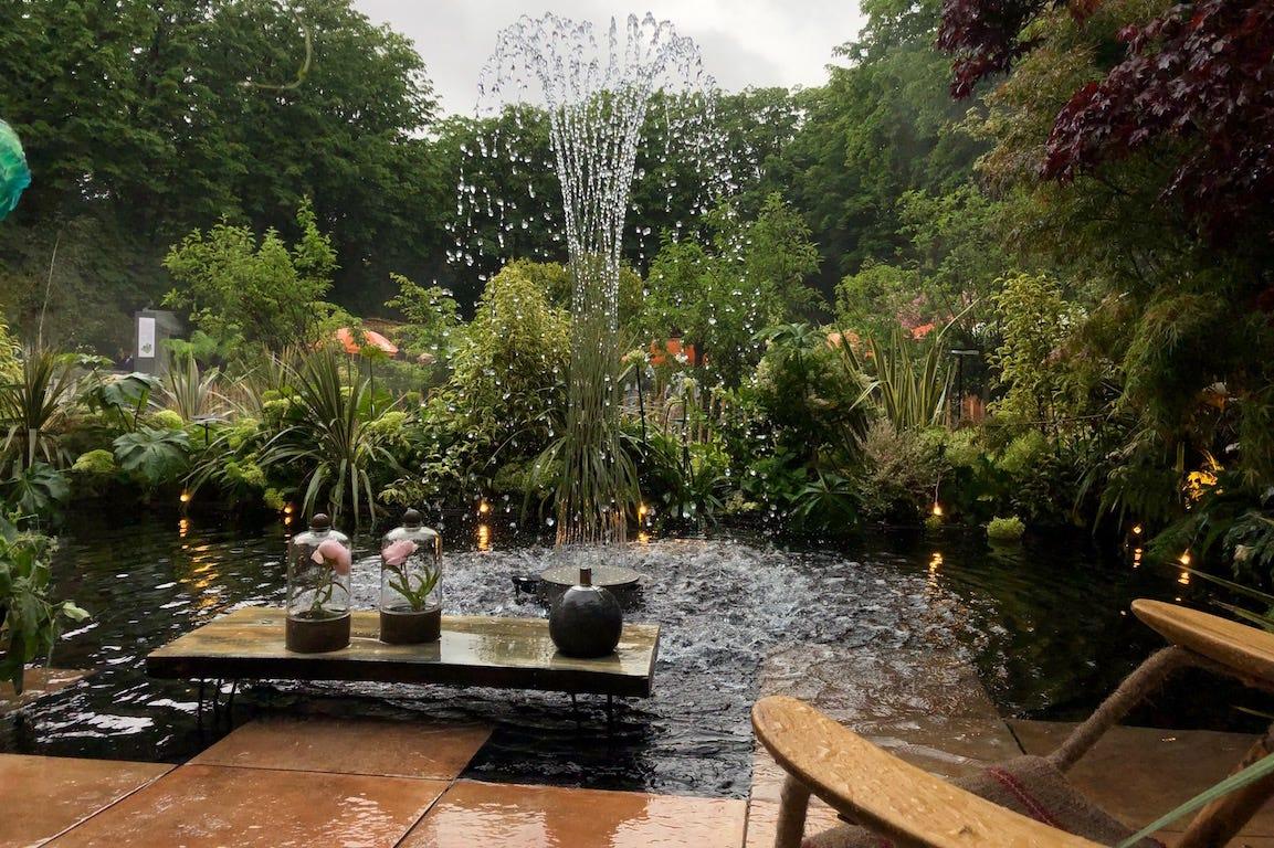 Jardins Jardin Tuileries Fontaine d'eau avec plantes