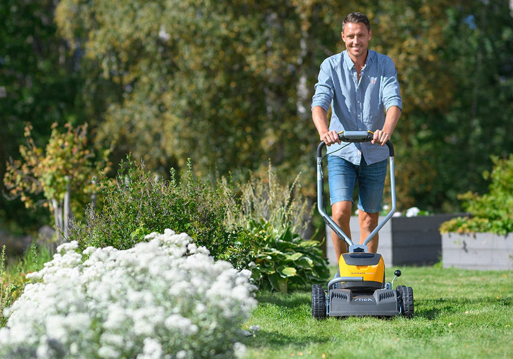 STIGA 500 Series cordless battery lawn mowers
