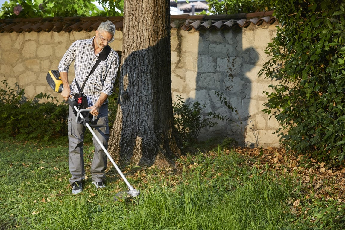 STIGA accu bosmaaier is gemakkelijk te gebruiken voor snel maaien en trimmen