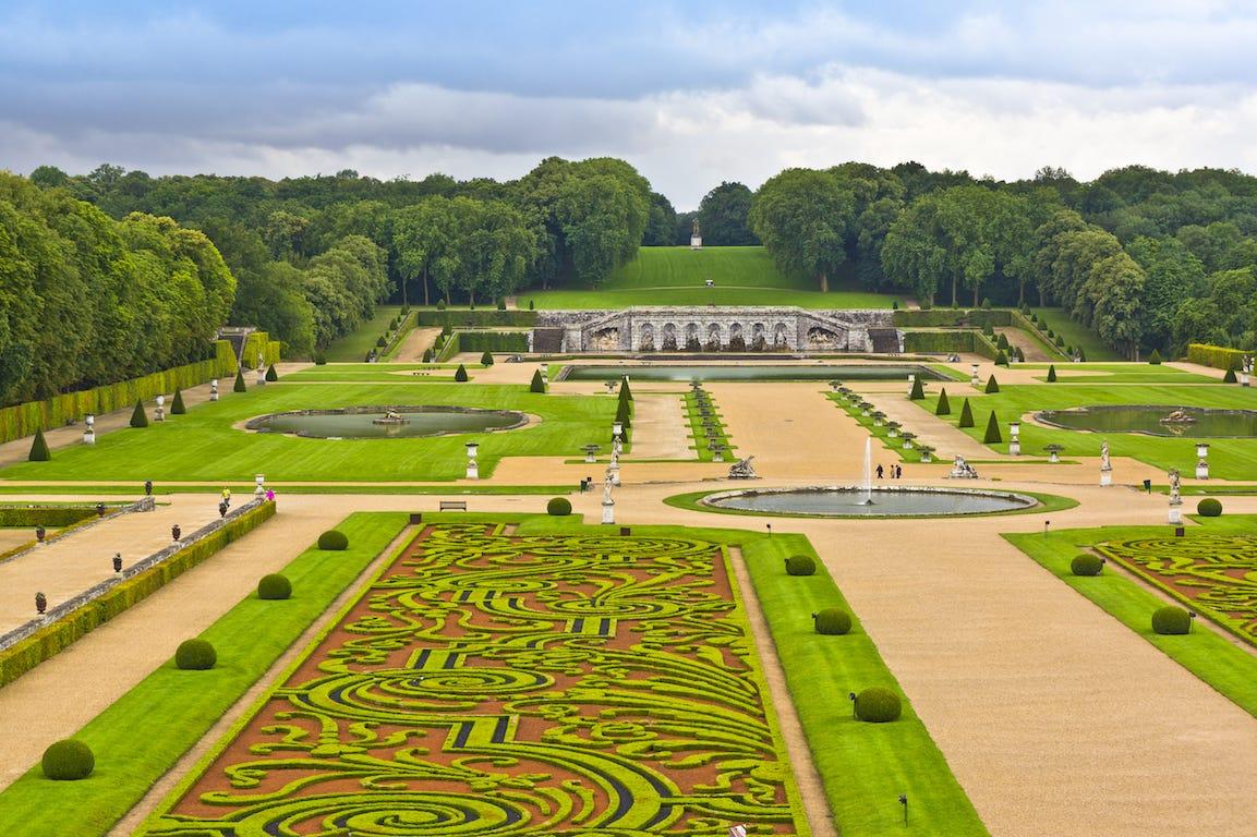 Jardin à la française Vaux-Le-Vicomte précision des buis