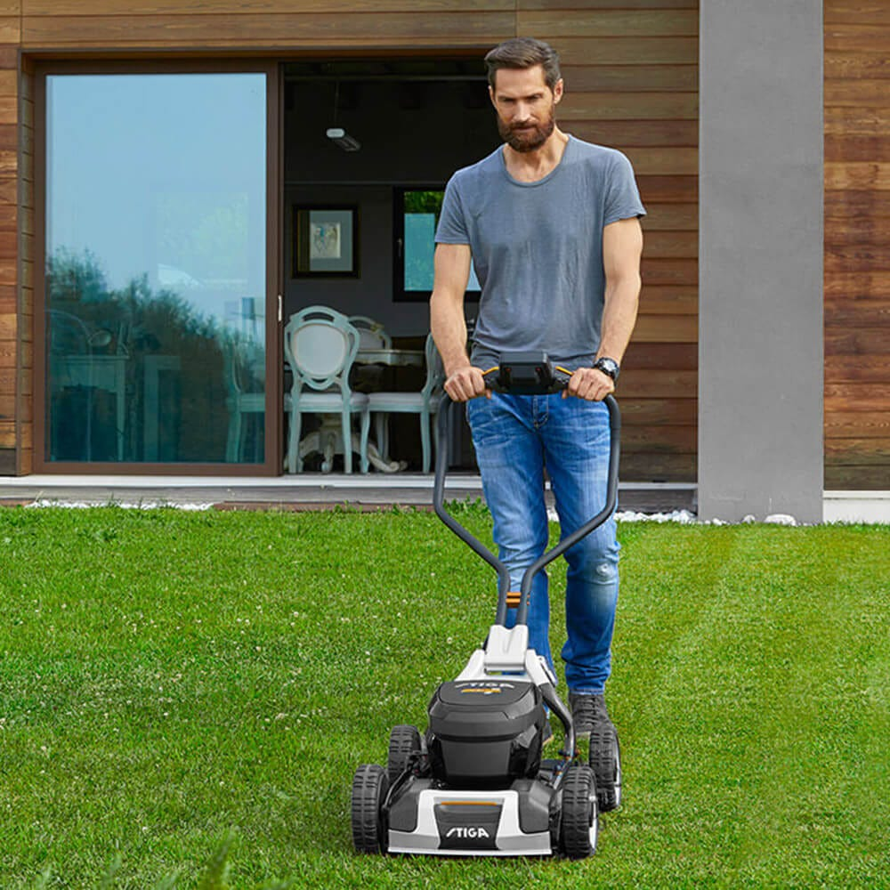 STIGA battery lawn mower Model-1