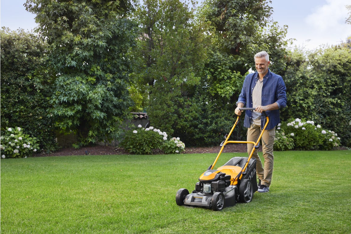 STIGA Combi 48 SQ lawn mower with mulching cut function