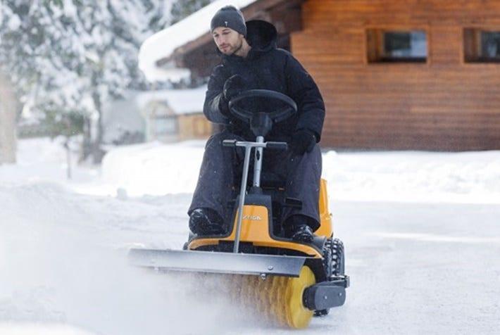 stiga-magazine-blog-winter-tuintips-frontmaaier