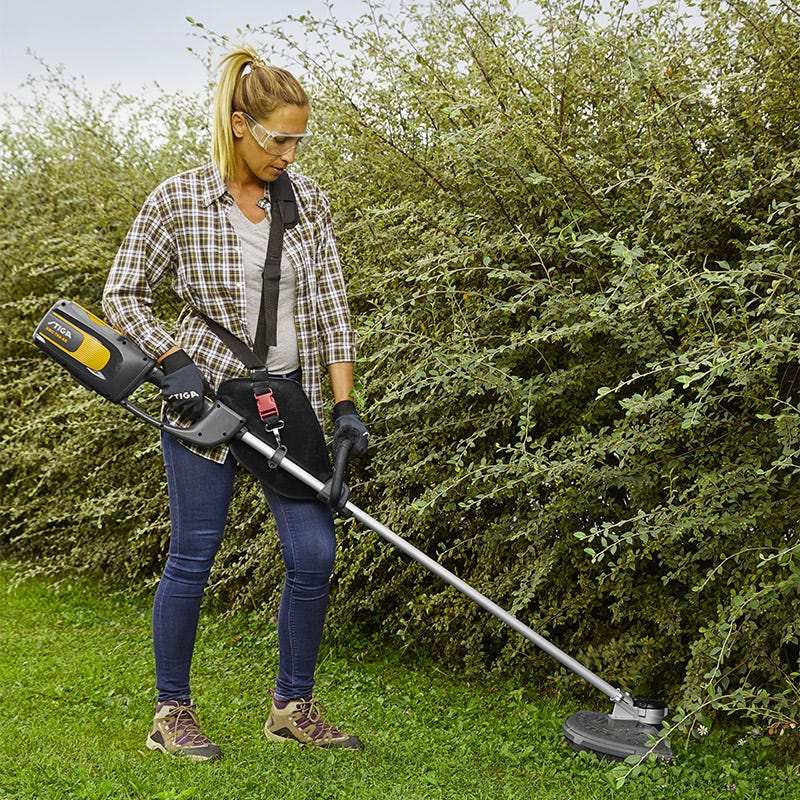 STIGA lawn trimmer and brushcutter