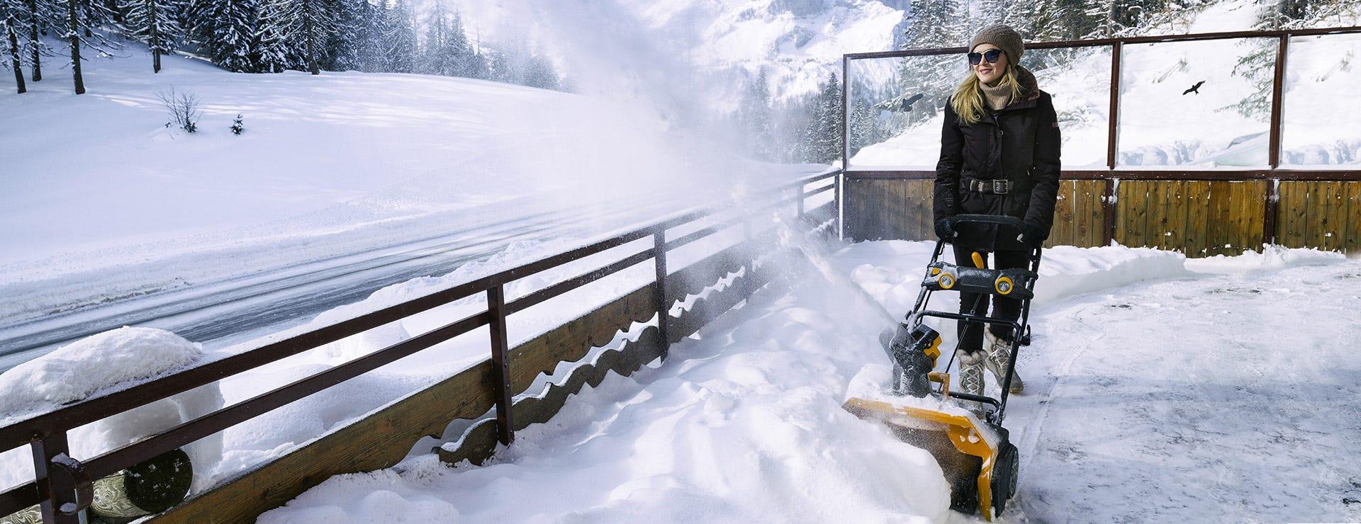 STIGA Batteridrevet snøfreser