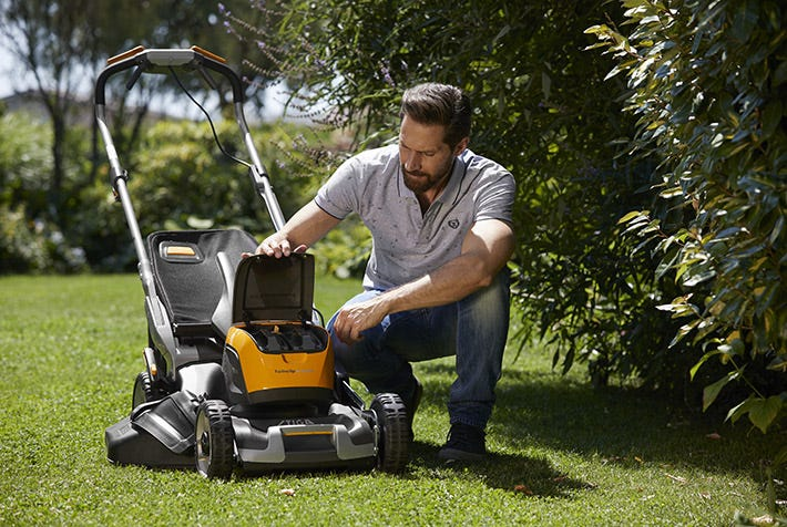 stiga twinclip battery mower