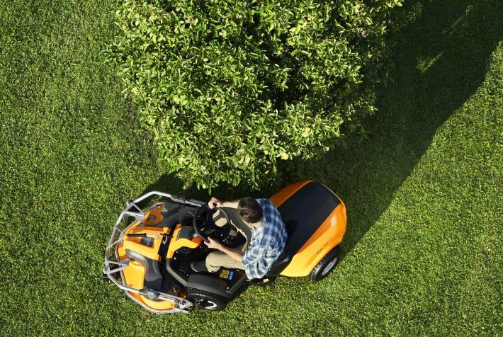 STIGA-Park-front-mower